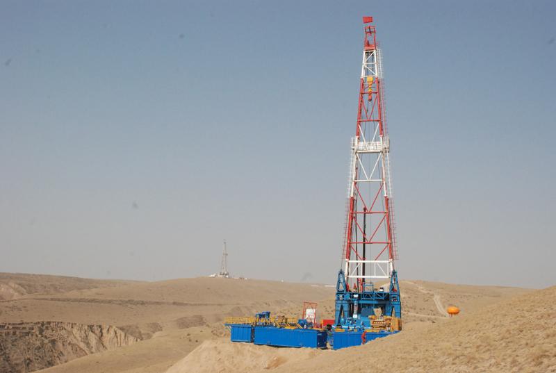 陕西祥瑞钻井公司采购河北yabosportsapp生产的ZJ40型石油yabo4用于陕北石油钻井施工
